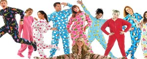 warmly-cozy-footie-pjs-women-romantic-sleepwear1